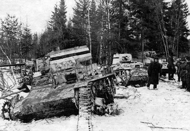 26 February 1940 worldwartwo.filminspector.com Finnish Vickers tank