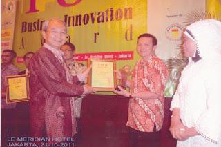 Indonesia Top Business Innovation Award 2011 untuk kategori TOP Educator & Excellent Program