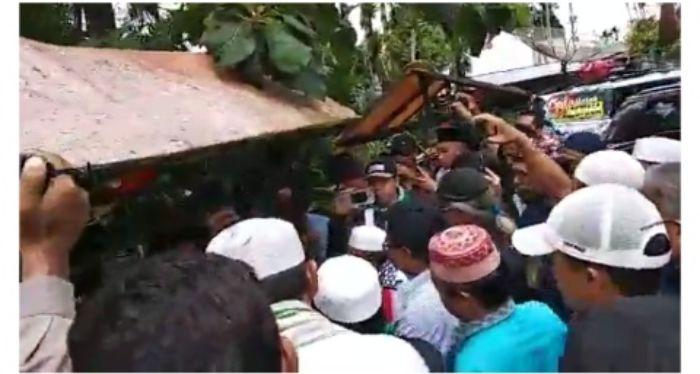 Video Massa Ormas Islam Sumbar Hadang Banser GP Ansor di Perbatasan Sumbar – Sumut