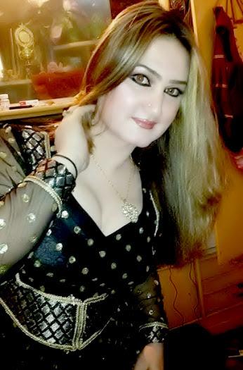 Cute Arab Girls Hot Pictures 2016 www.cute-babesweb.blogspot.com