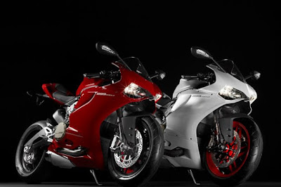 Ducati 899 Panigale Red & white image