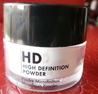 revue High Definition Powder Make Up For Ever