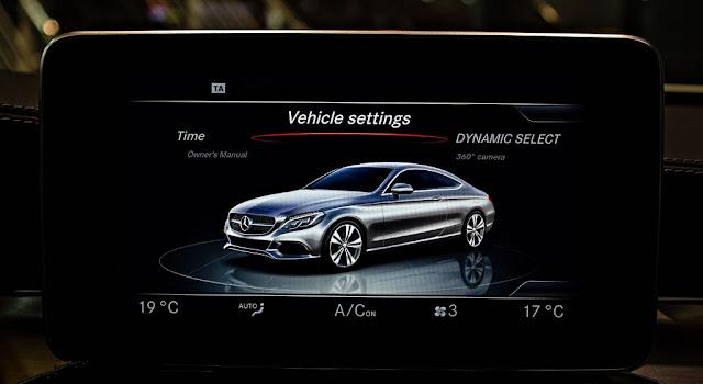 Mercedes C300 Coupe 2018 sử dụng Hệ thống giải trí và các tiện ích tiên tiến nhất