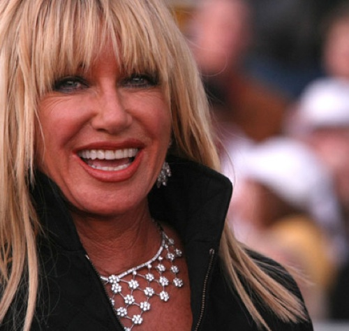 Suzanne Somers Hairstyles Pictures Celebrity Hair Cuts