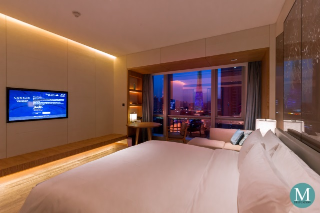 King Deluxe Room River View at Conrad Guangzhou