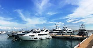 Record megayacht a Marina d'Arechi