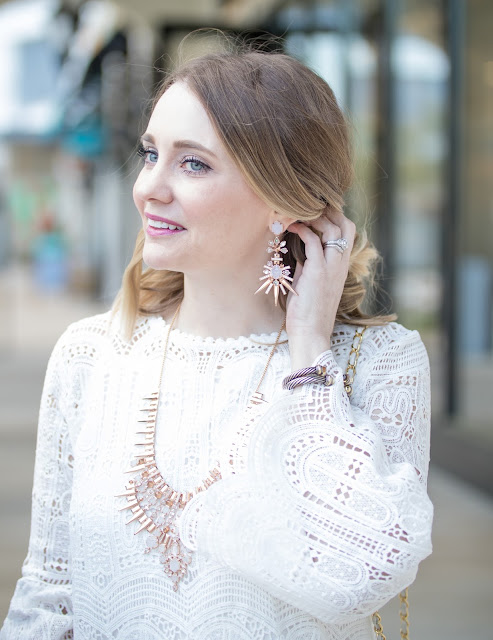 chic-wish-white-lace-dress-kendra-scott-necklace
