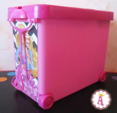 Ящик для хранения кукол и аксессуаров барби