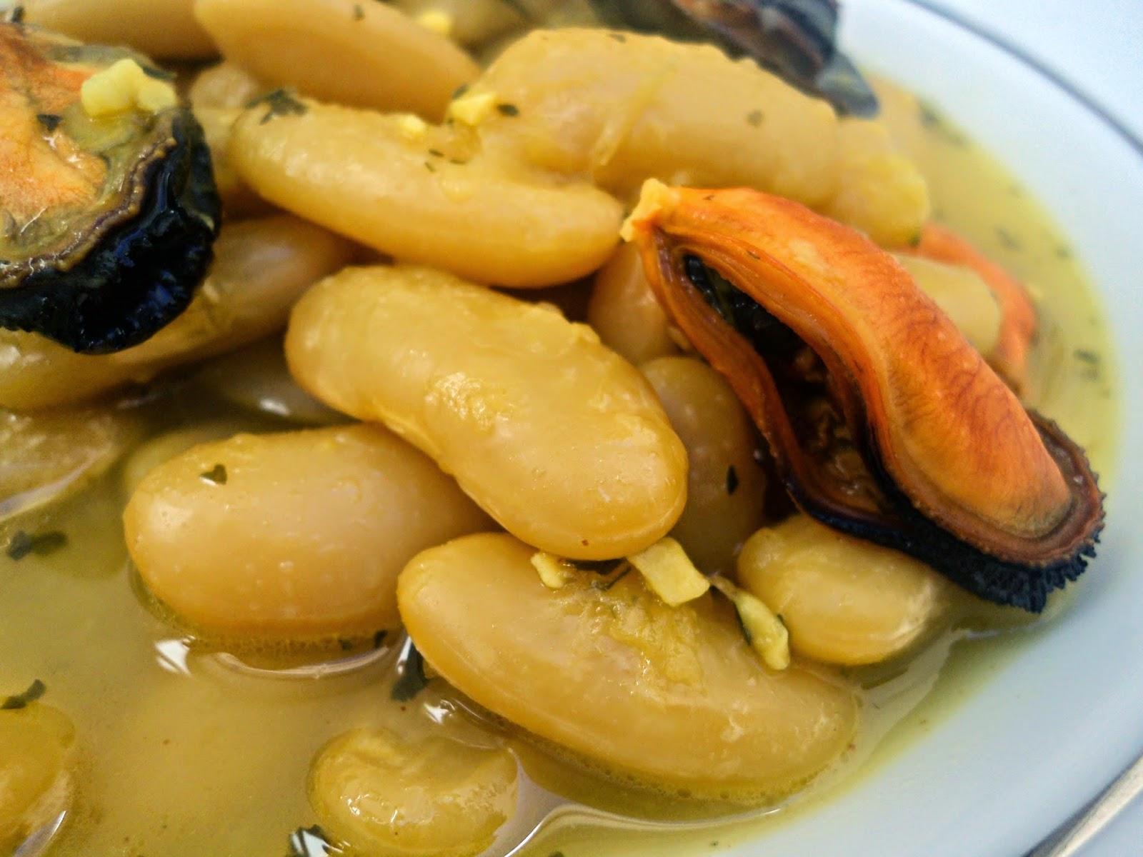 fabas-mejillones-azafran-cerca