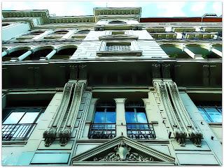 En Retirada - Edificio La Inmobiliaria, Buenos Aires