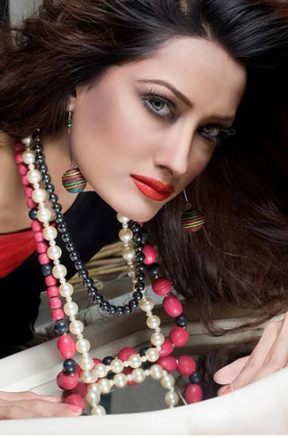 Best Girls Nude Pakistani Model Mehwish Hayat Photos-8762