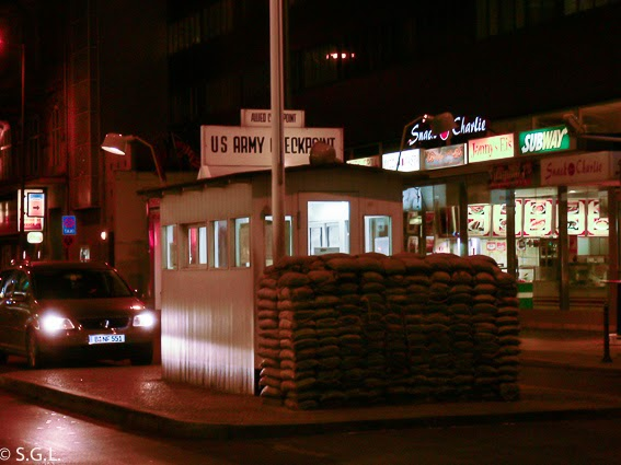 Vista de Check point Charlie