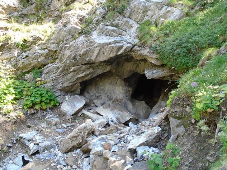 Cueva de Alba