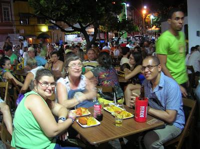 Acarajé da Dinha,  Rio Vermelho, Salvador de Bahía, Brasil, La vuelta al mundo de Asun y Ricardo, round the world, mundoporlibre.com