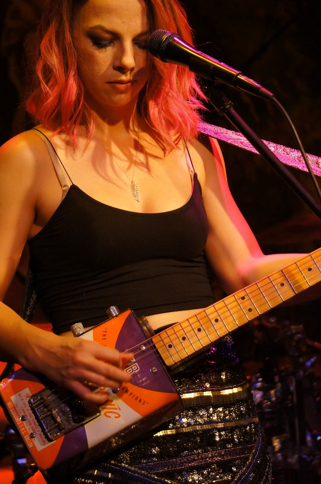 PhillyCheeze's Rock & Blues Reviews: Samantha Fish - Live @ Campbell Steele Gallery : 3/18/16