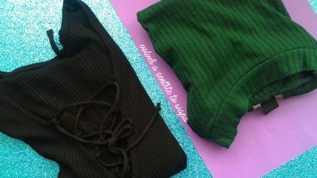 Camisetas de canalé y escote de tiras