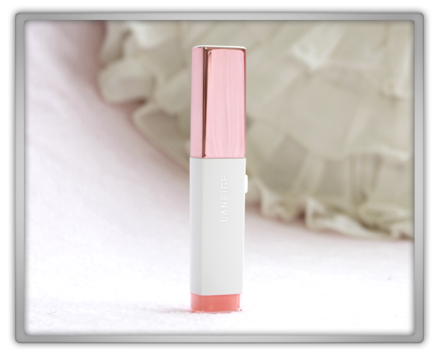 Laneige Two Tone Shadow Bar No.1 Humming Coral Haul Review kbeauty eye stick makeup beauty blog blogger