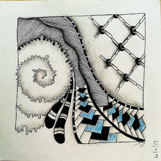 Zentangle Refresher #34 with Patterns: Dust Bunny, Meer, Hugs and Kisses, Bilt, Barberpole