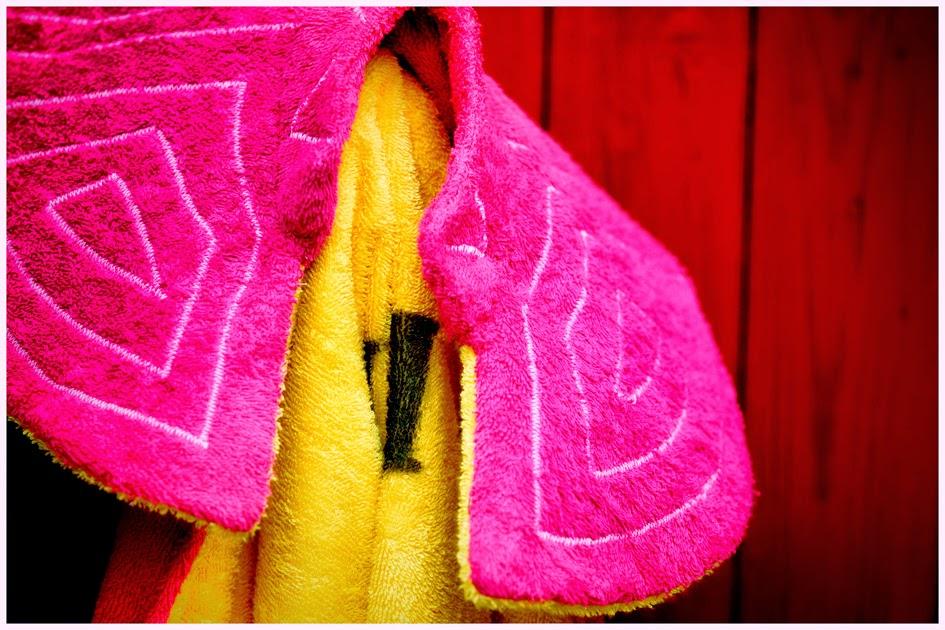 Detalle de una de las toallas de Capote Beach hechas a mano