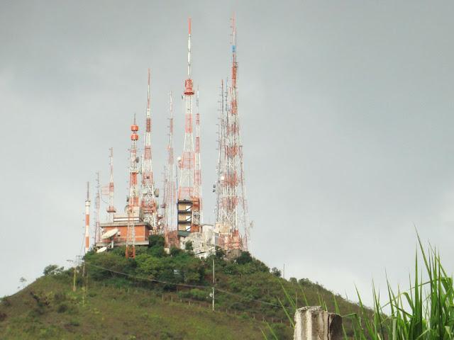 Antenas de transmissão de rádio e televisão em Belo Horizonte