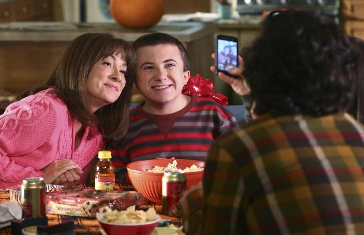 The Middle - Episode 8.03 - Halloween VII: The Heckoning - Promotional Photos & Press Release