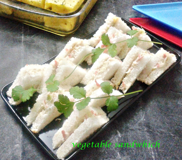 http://www.paakvidhi.com/2013/08/vegetable-sandwich.html