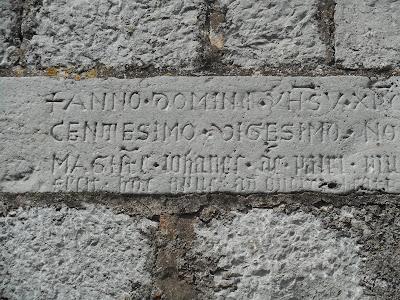 Volcij Grad Komen Slovenia