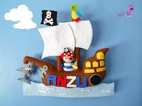 Nombre fieltro barco pirata