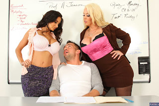 Alura-Jenson-%26-Ava-Addams-%3A-Fucking-in-the-desk-with-her-outie-pussy-%23%23-NA-i6vwimxl2t.jpg