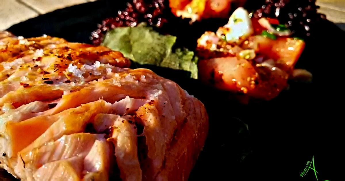 La cuisine de christine saumon en feuilles de figuier au for La cuisine de christine