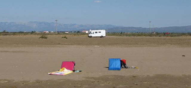 Autocaravana, a peu de platja.