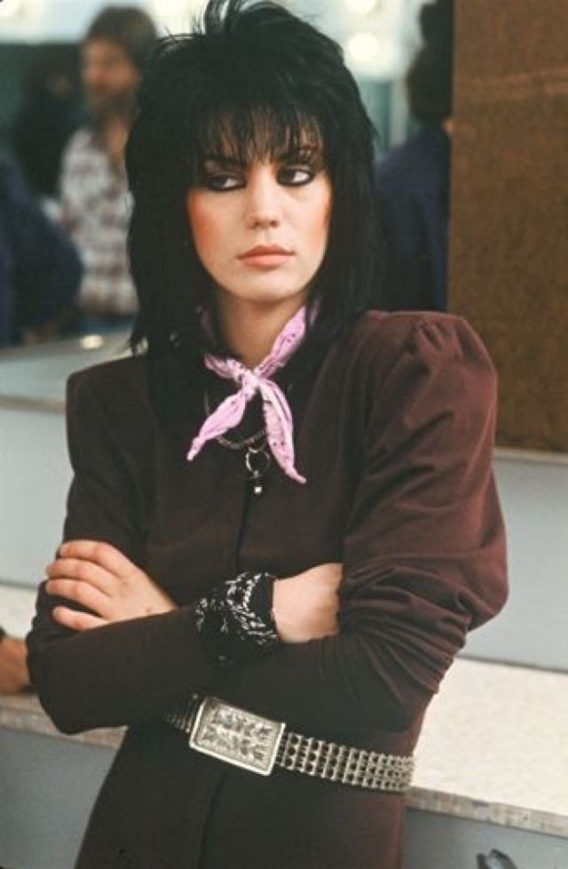 Joan Jett S Edgy Hairstyle 30 Amazing Color Portrait
