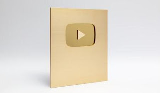 Gambar gold play button