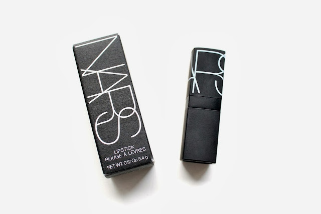 the perfect red lipstick from nars jungle red