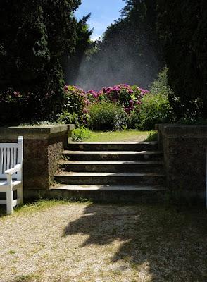 Parc de Bagatelle, Boulogne, rose garden ブローニュの森、バガテル公園 (バラ園)