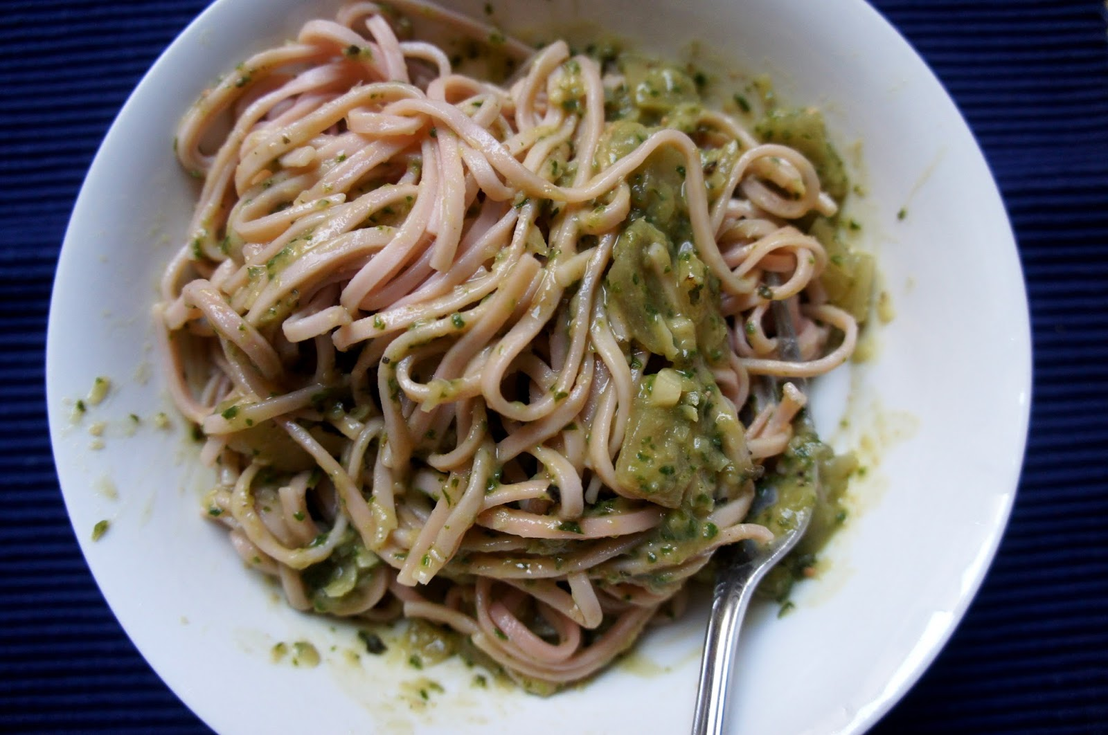 how to make spinach pasta with white sauce