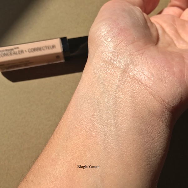 wet n wild photo focus concealer kapatıcı e840b light ivory swatch2