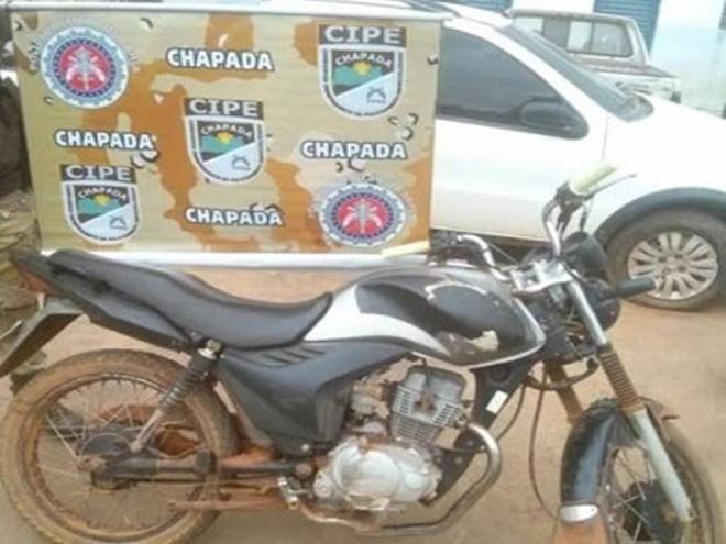 Homem é preso pela Cipe Chapada com moto roubada