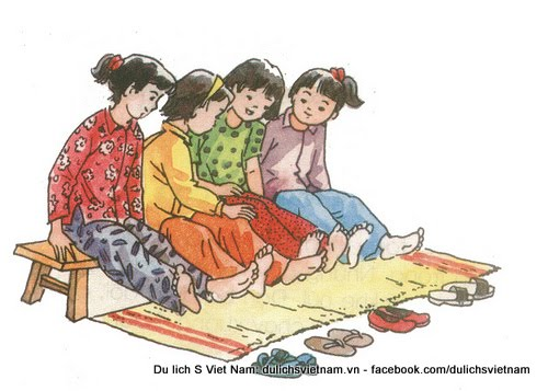 Traditional folk games of Vietnamese