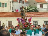 Sv. Roko, svečana procesija za fjeru - Sutivan slike otok Brač Online