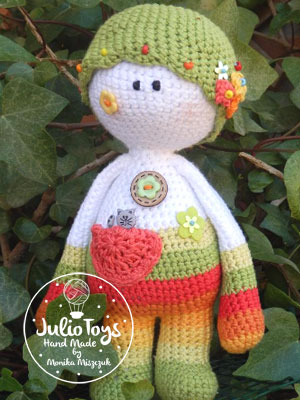 Julio Toys | Crochet patterns | Amigurumi | 400x300