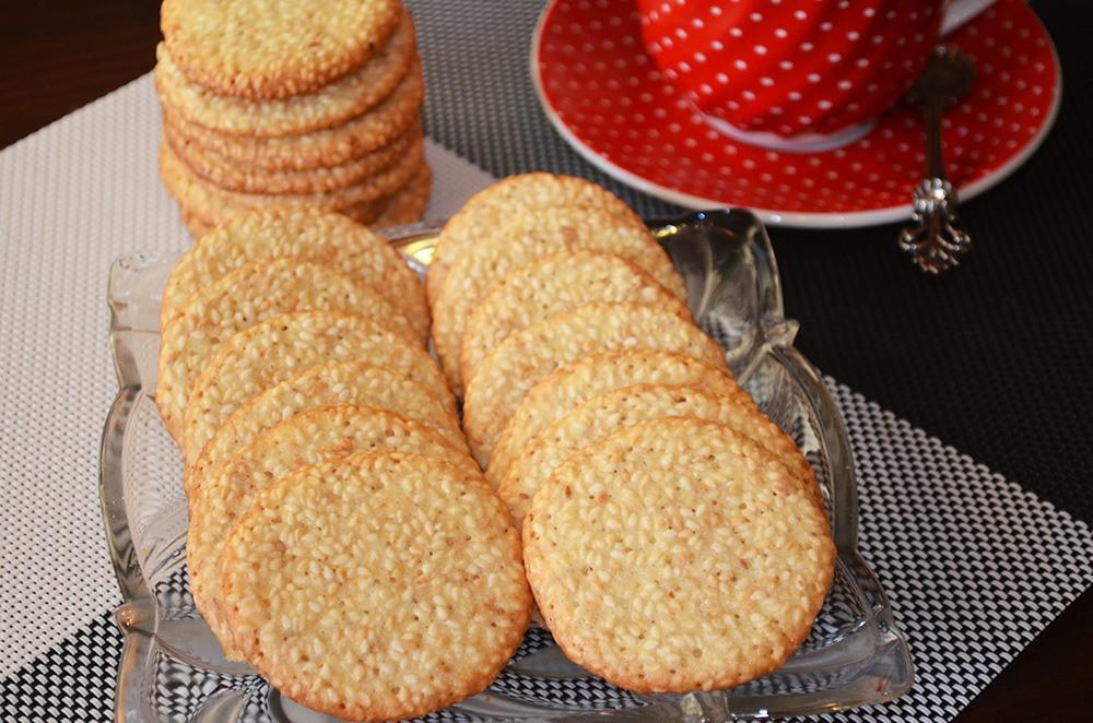 как приготовить хрустящее печенье скунжутом