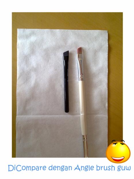 Kuas untuk gel Eyeliner