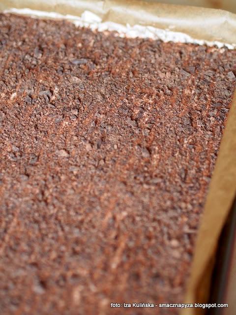 z czekolada, gorzka, posypka, wierzch ciasta, ciasto domowe, 3 bit, bez pieczenia, na zimno