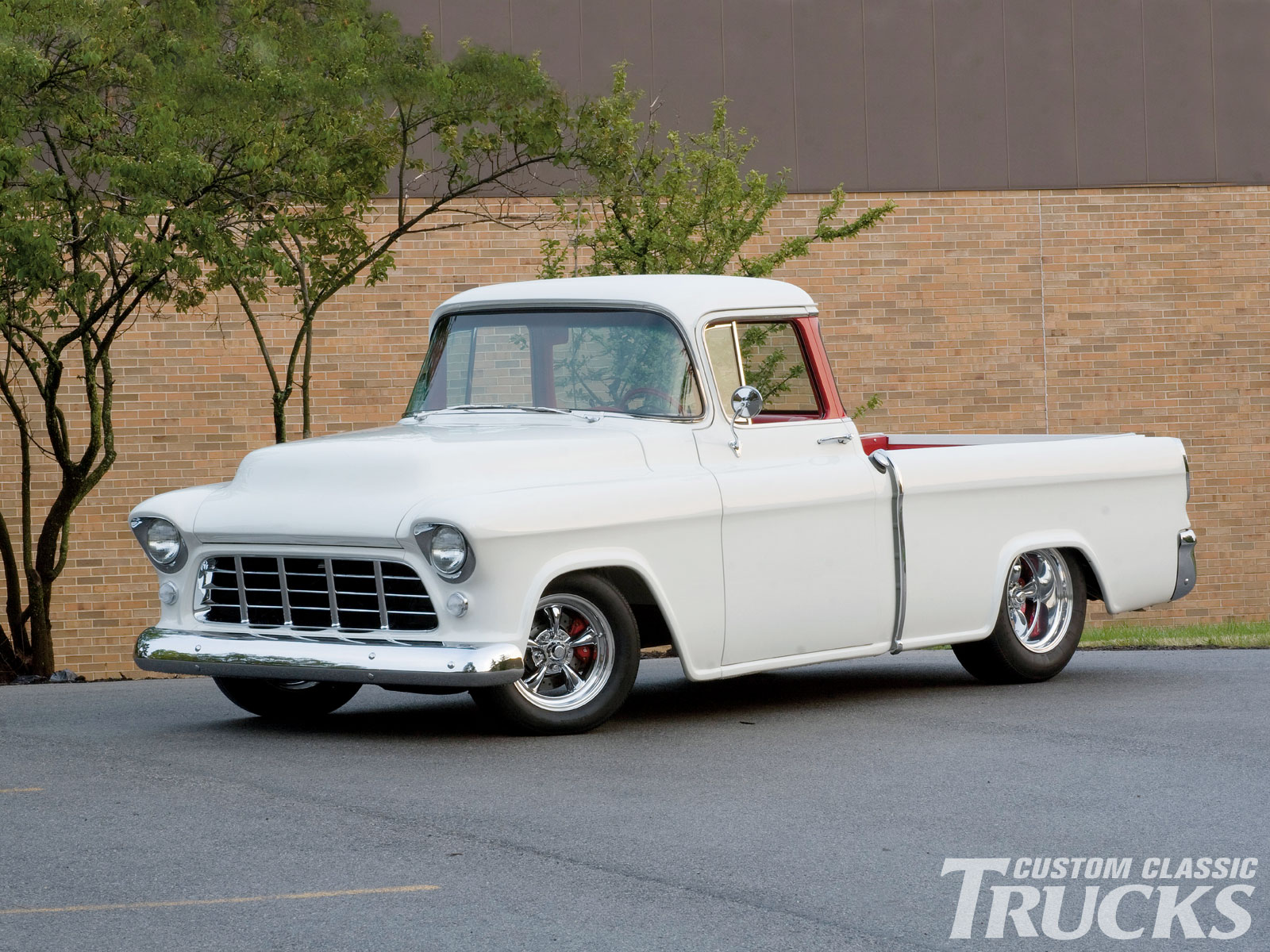 1955 Chevrolet Cameo Pickup Hotrod Pictures Autogado Ford F100 Street Rod Been Updated To A 1961 283 Engine Several Years Ago Most Likely Before The Truck Was Restored Orig Harrison Radiator Dated Correct Generator