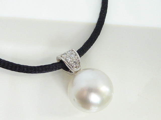 necklace, custom jewellery