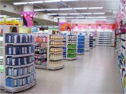 Một số kệ siêu thị dùng trưng bày sản phẩm trong cửa hàng tạp hóa