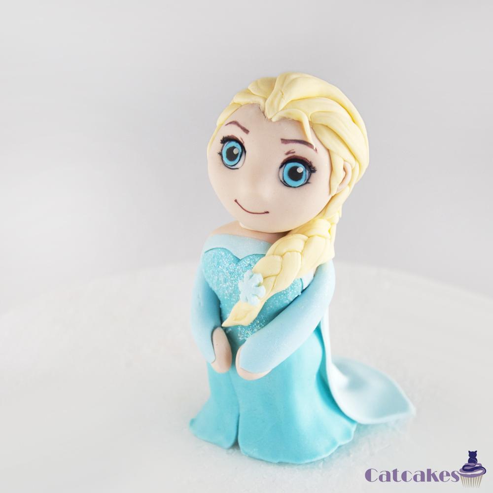 Modelado en fondant Elsa Frozen