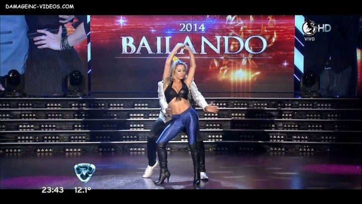 Barby Reali hot body in blue leggings Damageinc Videos HD