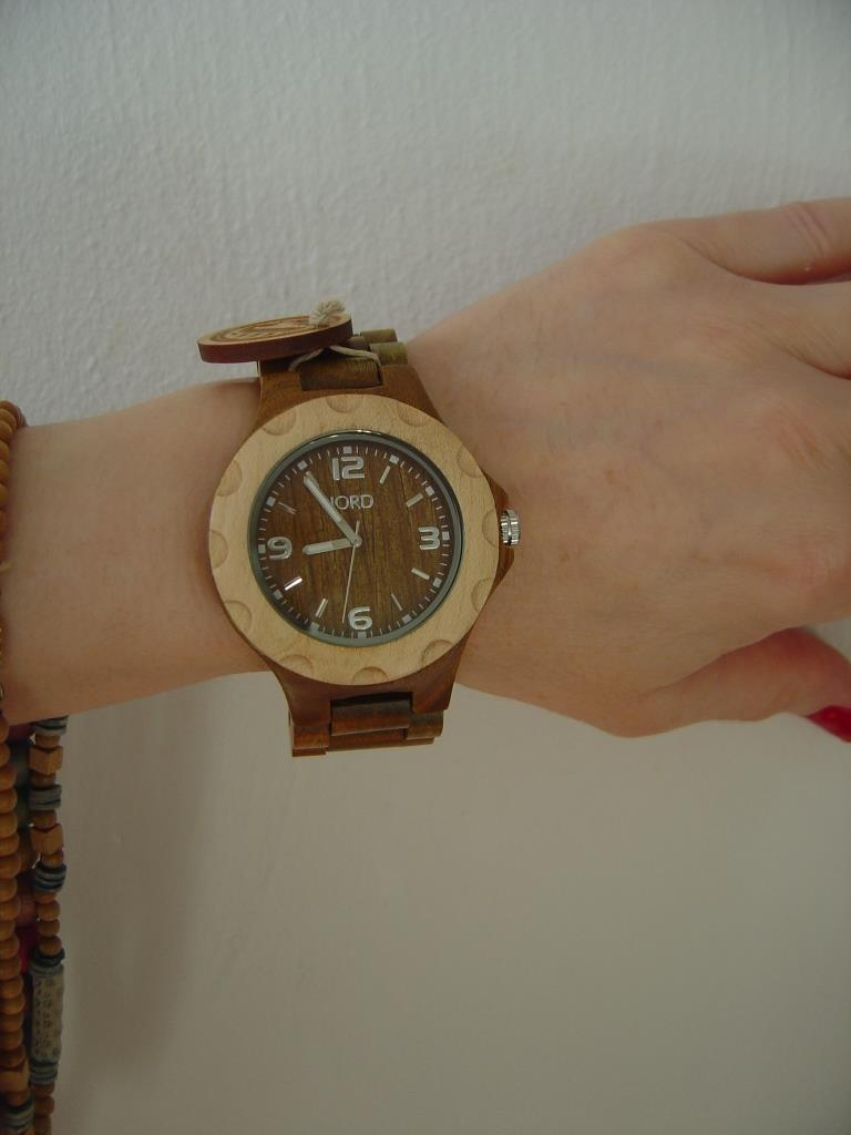 JORD Sully Natural Green wood watch close up without fingers